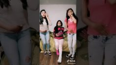 TiKtOK Video leg cast show