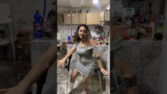 Short leg cast woman crutches